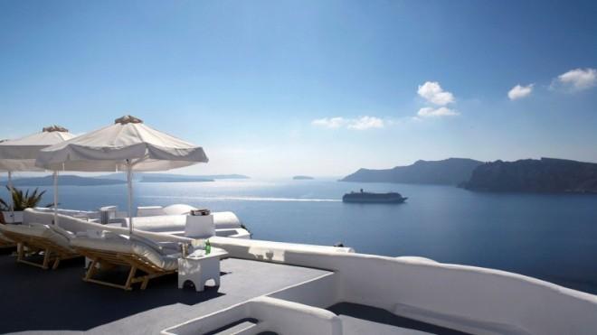 Katikies-Hotels-in-Oia-11-800x450