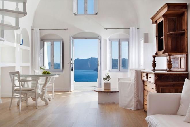 Katikies-Hotels-in-Oia-23-800x536