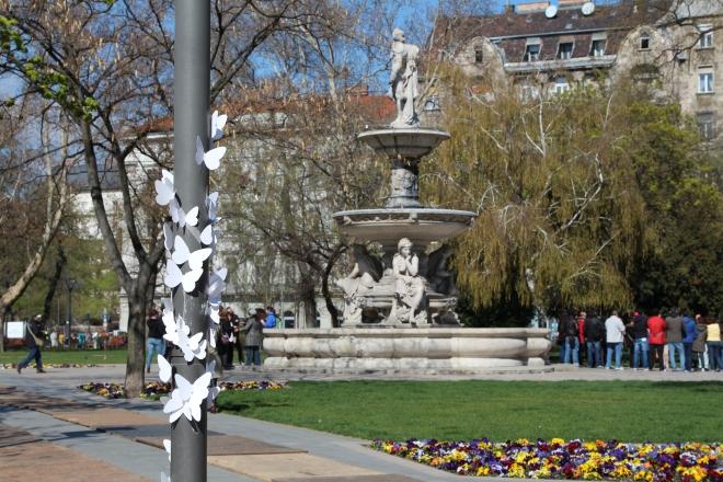 15000 papírlepke Budapest belvárosában 7